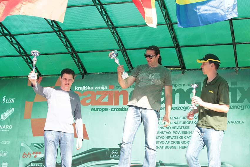 bt-cazin-2013-0663