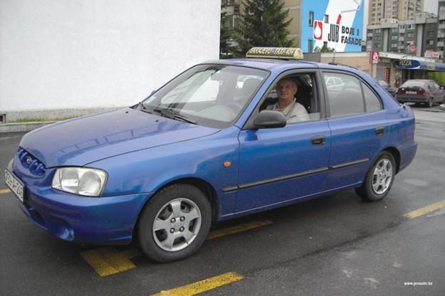 polovni-hyundai-accent-ii-proauto-03-taxi-fadil-zuko
