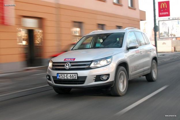 test-olkswagen-tiguan-20-tdi-dsg-4motion-sportstyle-2011-proauto-34
