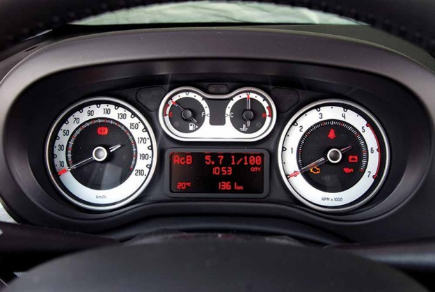 Test-Fiat-500L-2014-07