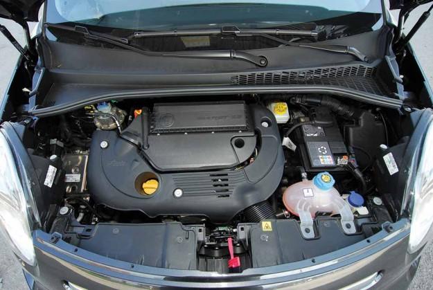 Test-Fiat-500L-2014-08