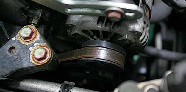Polovni-Toyota-Yaris-09