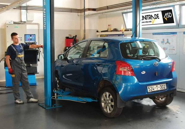 Polovni-Toyota-Yaris-10