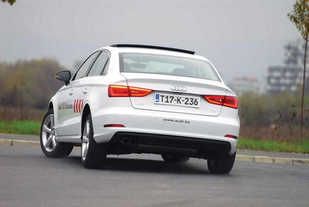 Test-Audi-A3-Sedan-02