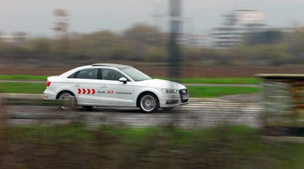 Test-Audi-A3-Sedan-10