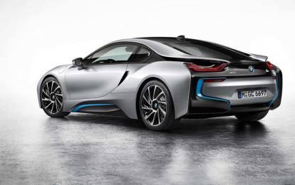 Kupci čekaju čak 18 mjeseci na isporuku novog BMW-a i8
