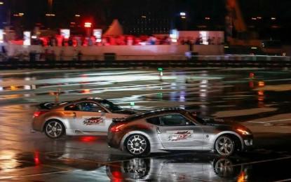 """Dva Nissana 370Z """"driftala"""" duže od 28 kilometara za obaranje Ginisovog rekorda"""