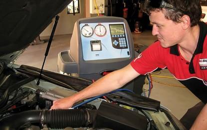 Servisni alati za servisiranje klima-uređaja u putničkim automobilima, autobusima i teretnim vozilima