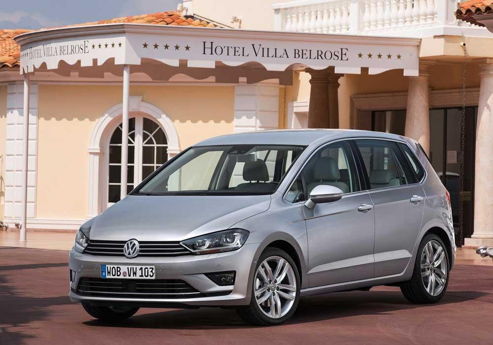 Model-Volkswagen-Golf-Sportsvan