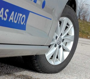 test-volkswagen-golf-a7-16tdi-2013-proauto-05