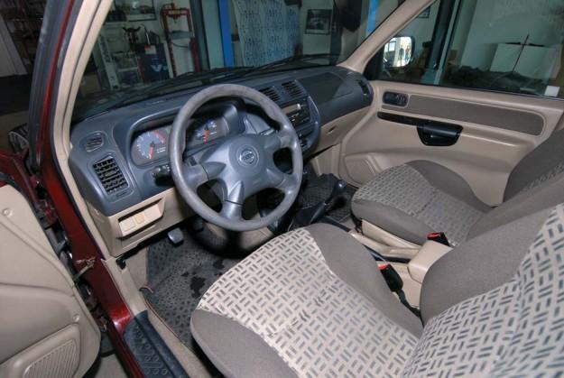 polovni-nissan-terrano-autohit-2011-proauto-11