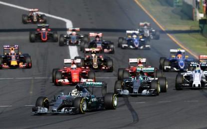 Početkom nove sezone Mercedes najavio dominaciju