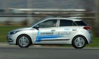 test-hyundai-i20-14-4at-brilliant-2015-proauto-03