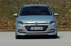 test-hyundai-i20-14-4at-brilliant-2015-proauto-35