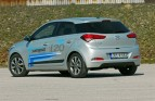 test-hyundai-i20-14-4at-brilliant-2015-proauto-38