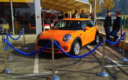 Završena nagradna igra Energopetrola i Holdine – Izvučen sretni dobitnik automobila Mini!