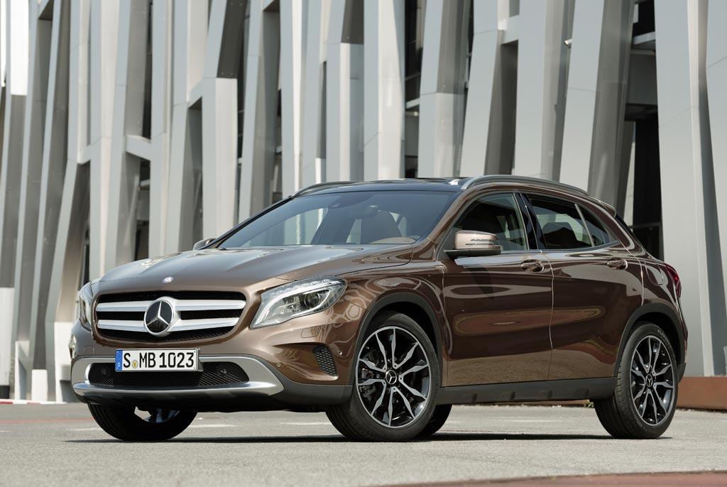 Model-Mercedes-GLA