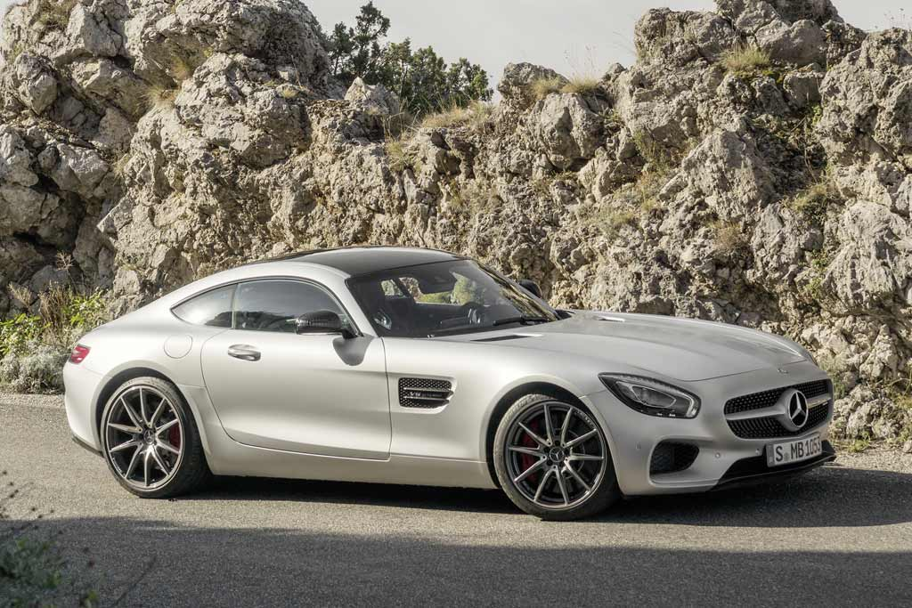 Model-Mercedes-AMG-GT