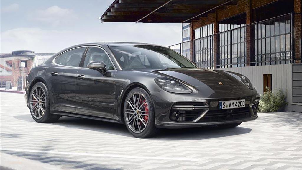 Model-Porsche-Panamera