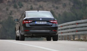 test-skoda-superb-20-tdi-4×4-2016-proauto-56