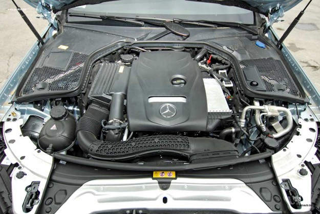 test-mercedes-benz-c-180-coupe-C205-2016-proauto-09