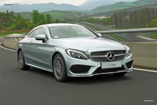 test-mercedes-benz-c-180-coupe-C205-2016-proauto-45