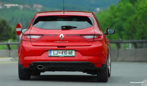 test-renault-megane-intens-energy-dci-110-ss-2016-proauto-25