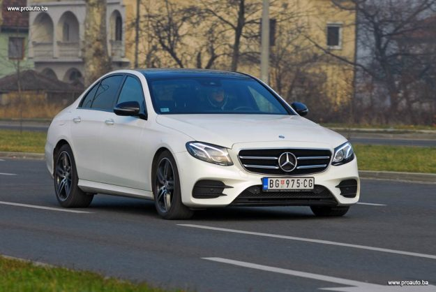 TEST – Mercedes-Benz E 220d AMG Line (W213)