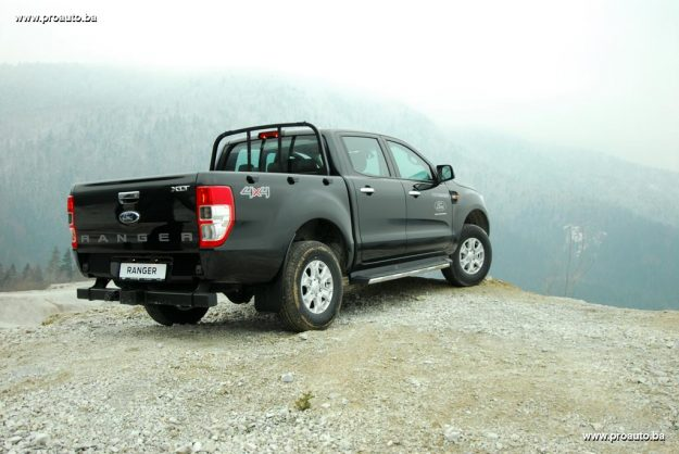 test-ford-ranger-double-cab-xlt-22-tdci-160ks-2017-proauto-43