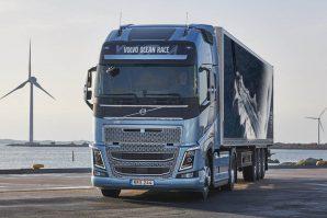 Volvo Trucks pripremio specijalne verzije kamiona tegljača Volvo FH i FH16 – Volvo Ocean Race Limited Edition 2017-2018