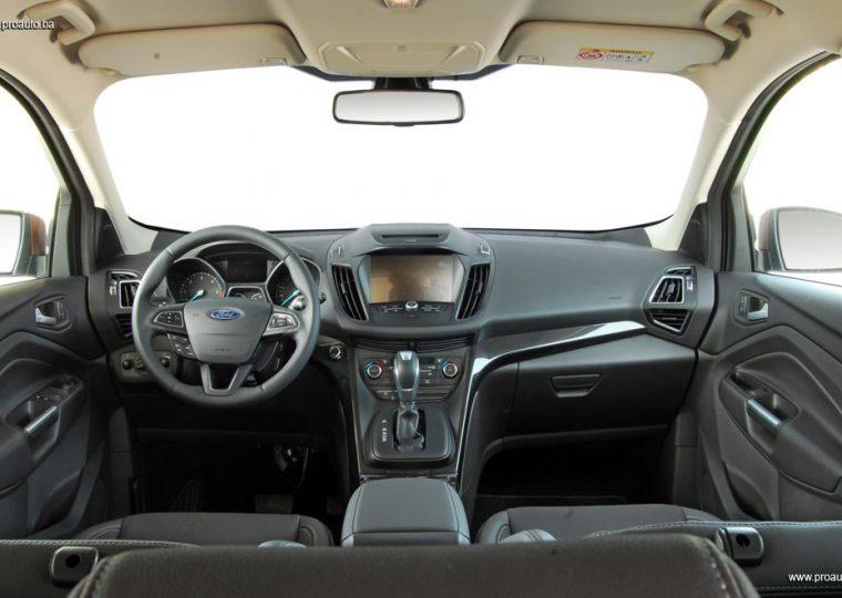 test-ford-kuga-titanium-20-tdci-awd-a6-150-2017-proauto-23