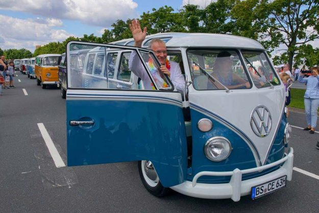 volkswagen-bus-party-Stocken-2017-proauto-02