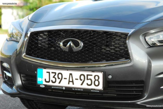 test-infiniti-q50-premium-22d-at7-2017-proauto-16