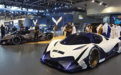 """U Dubaiju osim još jednog ekstremnog prototipa Devel Sixteena sa 5.000 KS prikazan i Devel Sixty – """"misteriozni"""" 6×6 off-roader [Galerija i Video]"""