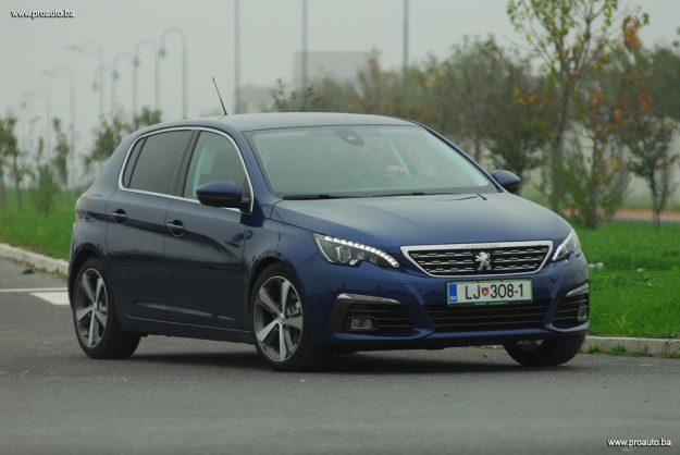 test-peugeot-308-fl-allure-16-bluehdi-120-euro6-bvm6-stop-start-2017-proauto-53