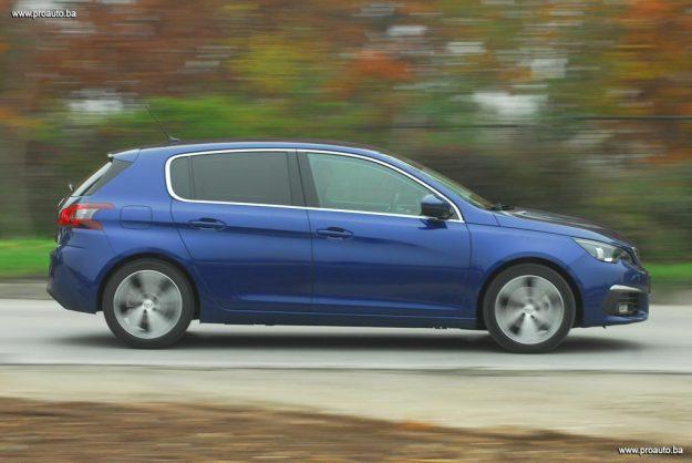 test-peugeot-308-fl-allure-16-bluehdi-120-euro6-bvm6-stop-start-2017-proauto-55