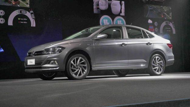 volkswagen-virtus-vw-polo-sedan-2017-proauto-03