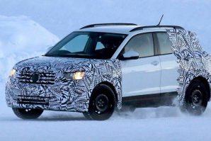 Funkcionalni prototip Volkswagen T-Cross snimljen na testiranju u Finskoj