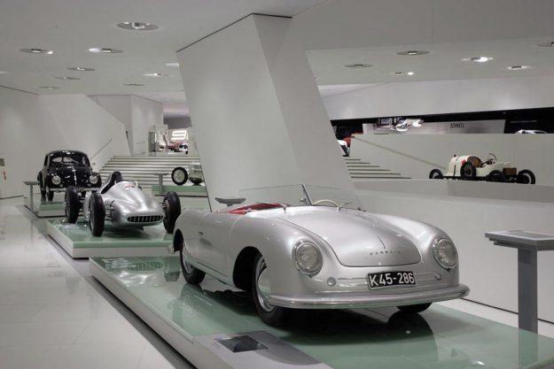 jubilej-70-godina-sportskih-automobila-porsche-2018-proauto-05-porsche-356-no1-roadster-1948-museum
