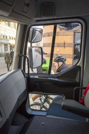 kamioni-volvo-trucks-volvo-fe-lec-2018-proauto-04