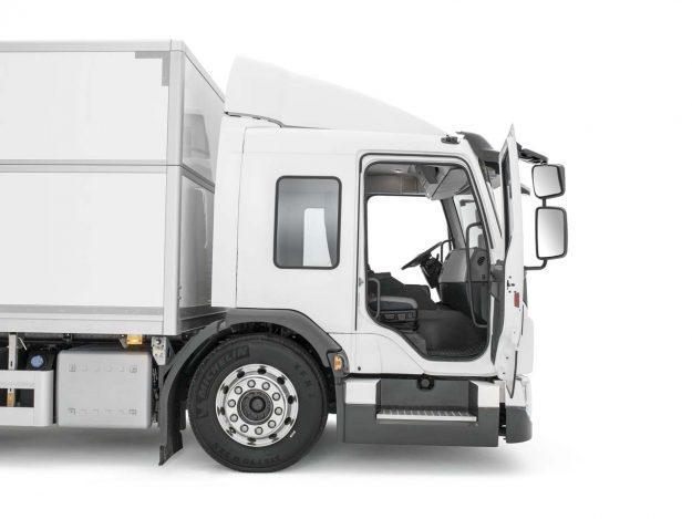 kamioni-volvo-trucks-volvo-fe-lec-2018-proauto-06