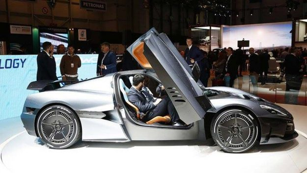 rimac-c_two-electric-hypercar-geneva-2018-proauto-03