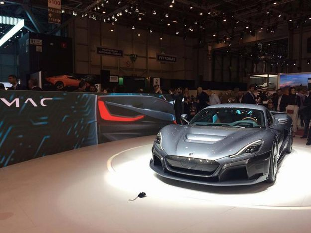 rimac-c_two-electric-hypercar-geneva-2018-proauto-09