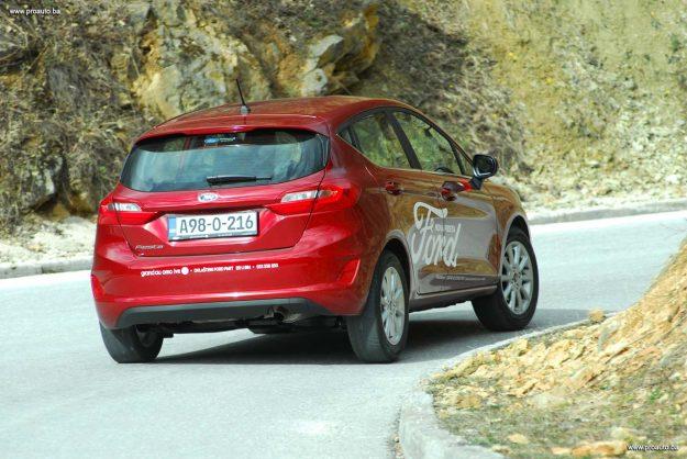 test-ford-fiesta-titanium-10-ecoboost-125ks-euro6-start-stop-m6-5vr-2018-proauto-102