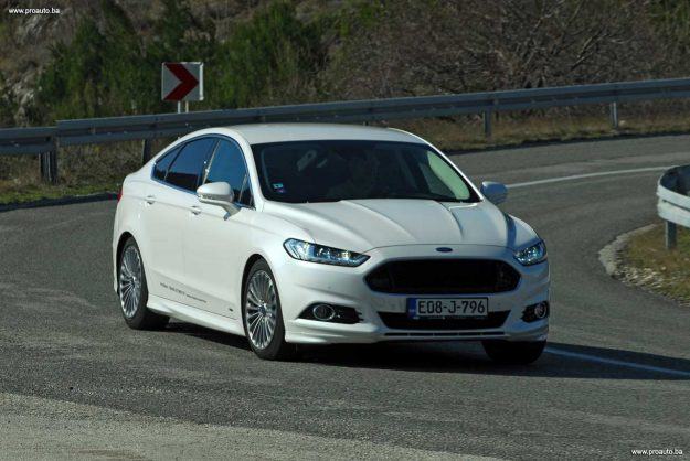 test-ford-mondeo-titanium-20-tdci-powershift-awd-180-2018-proauto-52