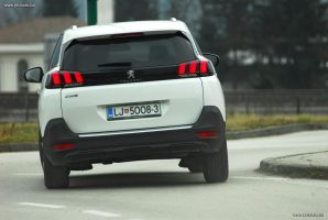 test-peugeot-5008-allure-16-bluehdi-120-stop-start-eat6-2018-proauto-15