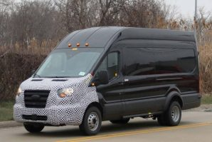 Stiže novi Ford Transit Cargo Van sa dizajnerskim i tehničkim osvježenjima[Galerija]