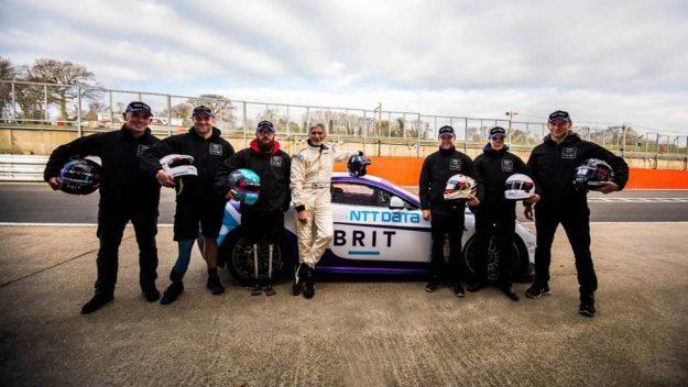 giti-tire-sponzor-tima-brit-2018-proauto-01-team-brit-i-instruktor-voznje-damon-hill