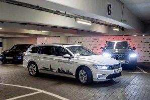 Volkswagen Group priprema sistem autonomnog parkiranja, namijenjen višespratnim parkiralištima, koji će biti tržišno dostupan od 2020. godine