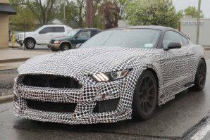 Za novi Ford Mustang Shelby GT500 mnogo nepoznanica